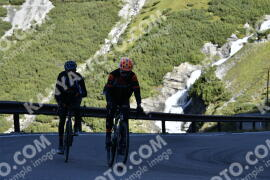 Photo #1230970 | 03-09-2020 09:24 | Passo Dello Stelvio - Waterfall BICYCLE riders