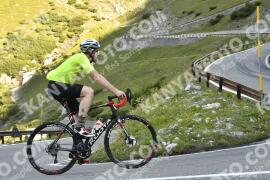 Photo #1743347   15-08-2021 09:18   Passo Dello Stelvio - Waterfall BICYCLE riders
