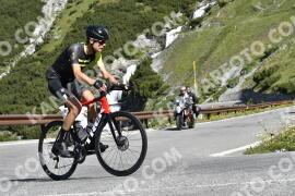 Photo #1556864 | 19-07-2021 09:55 | Passo Dello Stelvio - Waterfall BICYCLE riders