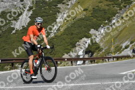 Photo #1929134   10-09-2021 10:30   Passo Dello Stelvio - Waterfall BICYCLE riders