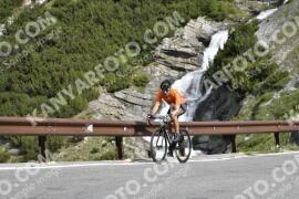 Foto #1458208   03-07-2021 09:22   Passo Dello Stelvio - Waterfall BICYCLE riders