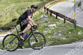 Photo #1482536   05-07-2021 09:18   Passo Dello Stelvio - Waterfall BICYCLE riders
