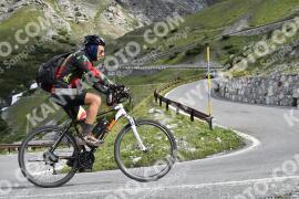 Photo #1540188 | 17-07-2021 09:36 | Passo Dello Stelvio - Waterfall BICYCLE riders