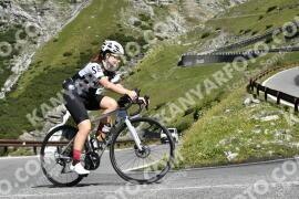 Photo #1709934 | 12-08-2021 10:32 | Passo Dello Stelvio - Waterfall BICYCLE riders
