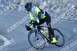 Photo #1241103   05-09-2020 09:13   Passo Dello Stelvio - Waterfall BICYCLE riders