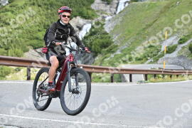 Photo #1046857 | 22-07-2020 09:25 | Passo Dello Stelvio - Waterfall BICYCLE riders