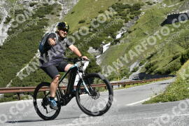 Photo #1527035 | 12-07-2021 09:37 | Passo Dello Stelvio - Waterfall BICYCLE riders
