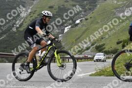 Photo #1594379   24-07-2021 09:16   Passo Dello Stelvio - Waterfall BICYCLE riders