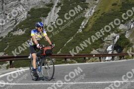 Photo #1922216   09-09-2021 10:06   Passo Dello Stelvio - Waterfall BICYCLE riders