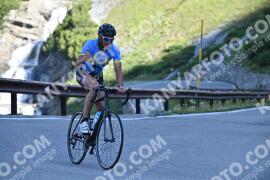 Photo #1050646 | 23-07-2020 09:15 | Passo Dello Stelvio - Waterfall BICYCLE riders