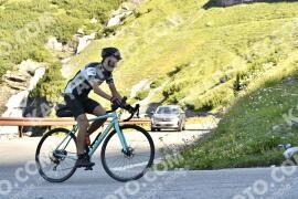 Photo #1615708   29-07-2021 09:36   Passo Dello Stelvio - Waterfall BICYCLE riders