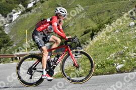 Photo #1586003 | 23-07-2021 09:46 | Passo Dello Stelvio - Waterfall BICYCLE riders