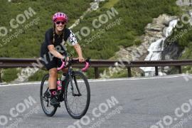 Photo #838217 | 25-08-2019 09:21 | Passo Dello Stelvio - Waterfall BICYCLE riders
