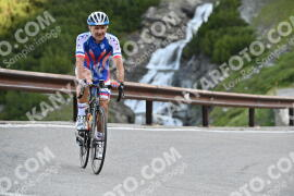 Photo #1052446 | 25-07-2020 09:00 | Passo Dello Stelvio - Waterfall BICYCLE riders