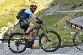 Photo #1743343   15-08-2021 09:18   Passo Dello Stelvio - Waterfall BICYCLE riders