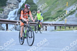 Photo #1087409 | 30-07-2020 08:49 | Passo Dello Stelvio - Waterfall BICYCLE riders
