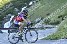Photo #1669110 | 07-08-2021 09:05 | Passo Dello Stelvio - Waterfall BICYCLE riders